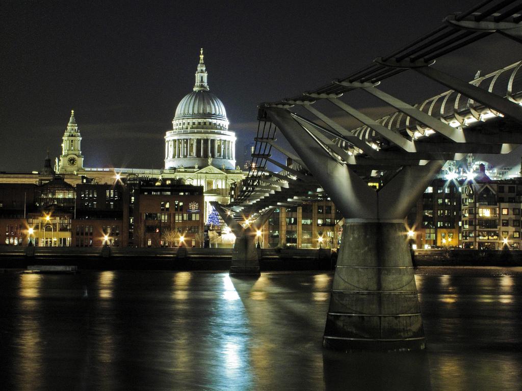 Millennium bridge at Christmas